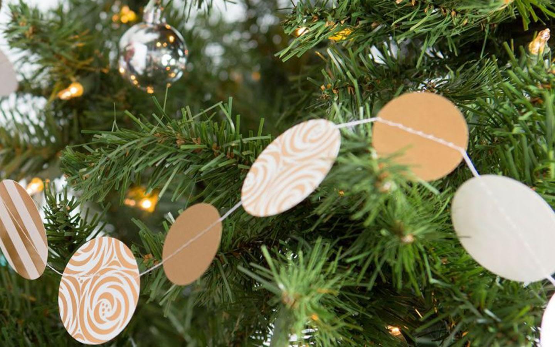 Kalėdų eglutės girliandos
