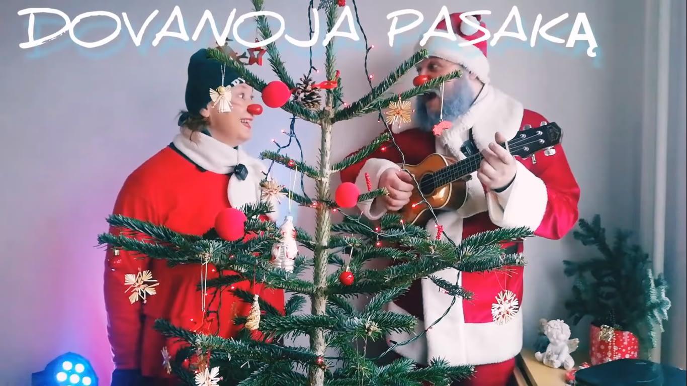 Kalėdinės pasakos pasakotojai